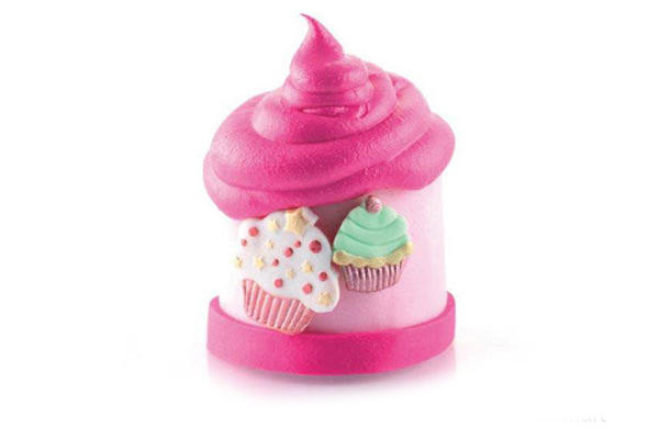 Tag04 Cutter Cup Cakes